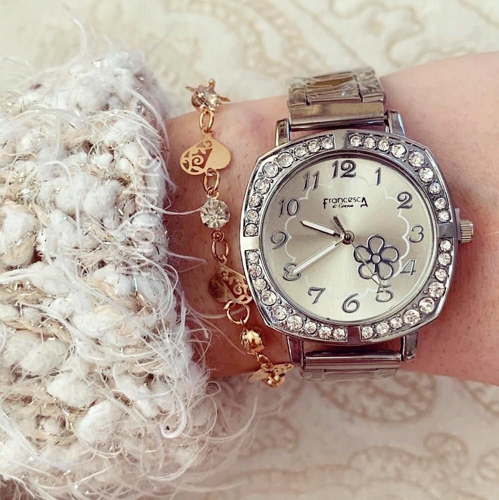 Ceas dama elegant de culoare argintie cu floare