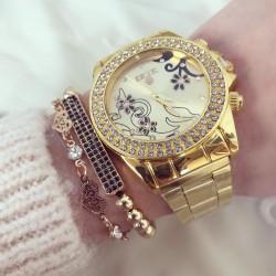 Ceas dama auriu cu pietricele si model superb cu bratara metalica