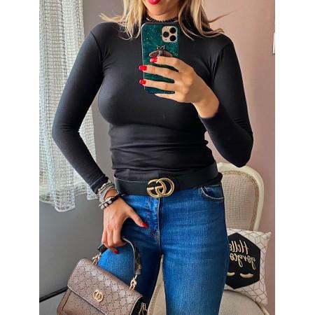Bluza dama neagra pe gat din material premium