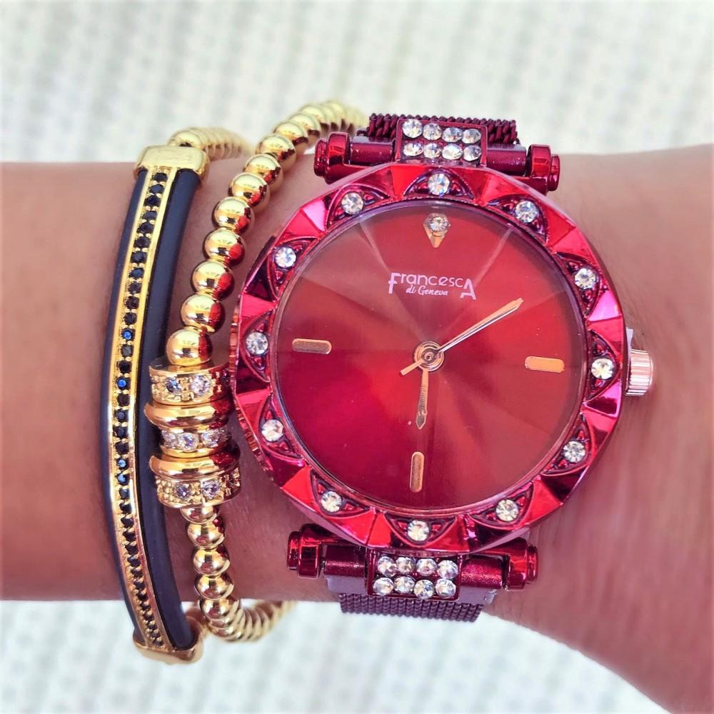 Ceas dama rosu elegant cu sistem de inchidere magnet