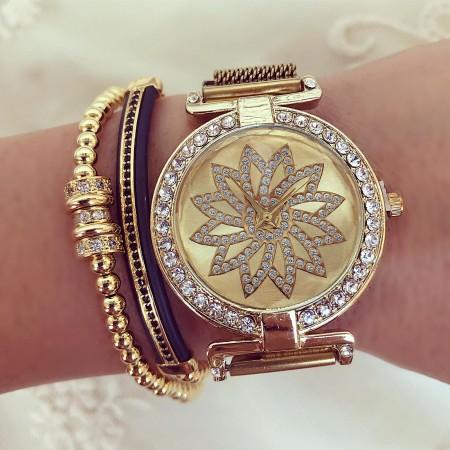 Ceas dama auriu elegant cu sistem magnet cu pietricele