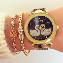 Ceas dama auriu elegant cu pietricele sistem magnet