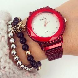 Ceas dama rosu elegant cu sistem inchidere magnet