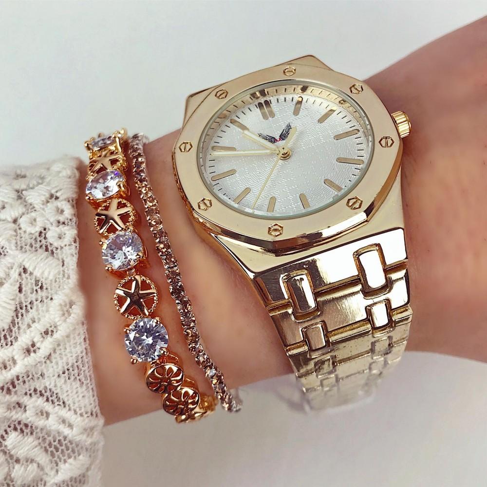 Ceas dama elegant auriu cu bratara metalica