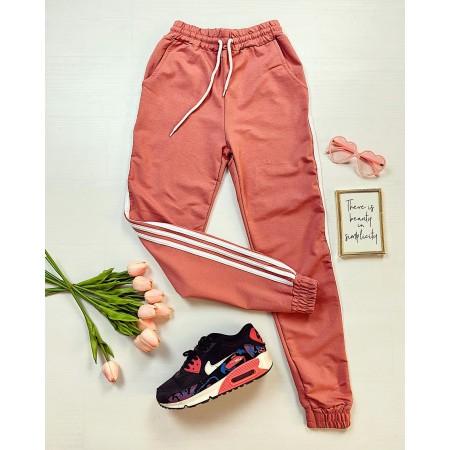 Pantaloni dama casual roz cu dungi albe