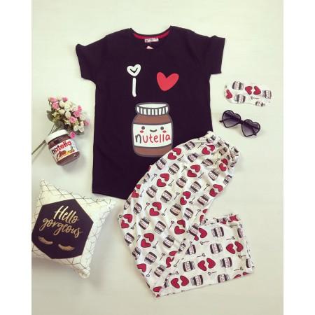 Pijama dama lunga neagra cu imprimeu Nutella cu pantaloni colorati
