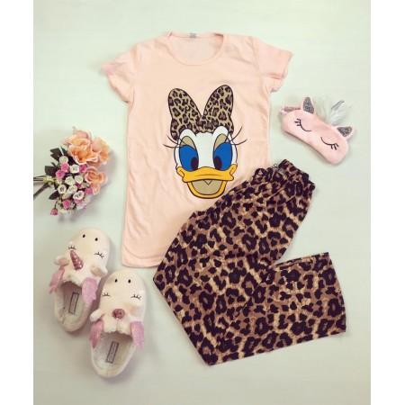 Pijama dama roz  din bumbac cu imprimeu animal print cu ratusca Daisy