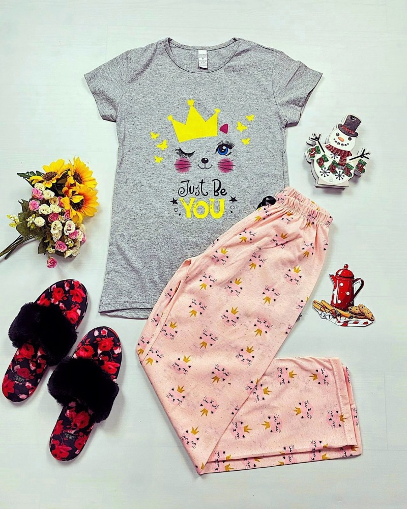 Pijama dama lunga gri cu imprimeu roz pisicute