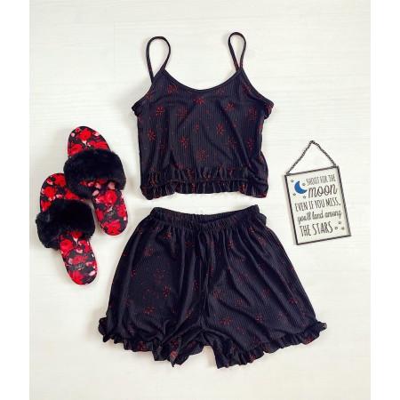 Pijama scurta neagra cu imprimeu rosu cu volanase