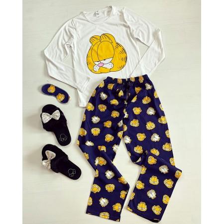 Pijama dama lunga alba cu imprimeu Garfield