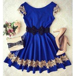 Rochie eleganta de ocazie albastra scurta cu broderie in forma cloche