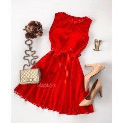 Rochie scurta eleganta de seara de culoare rosie cu broderie si dantela diafane