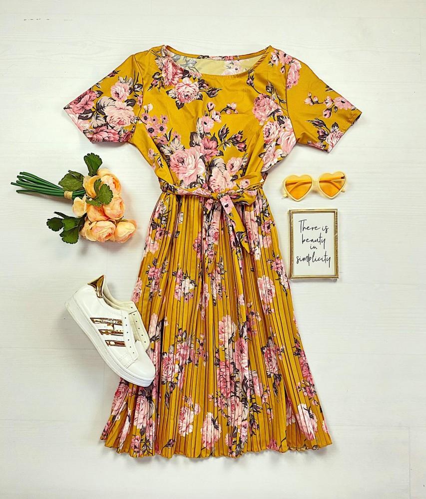 Rochie lunga galbena de vara cu imprimeu floral si cordon