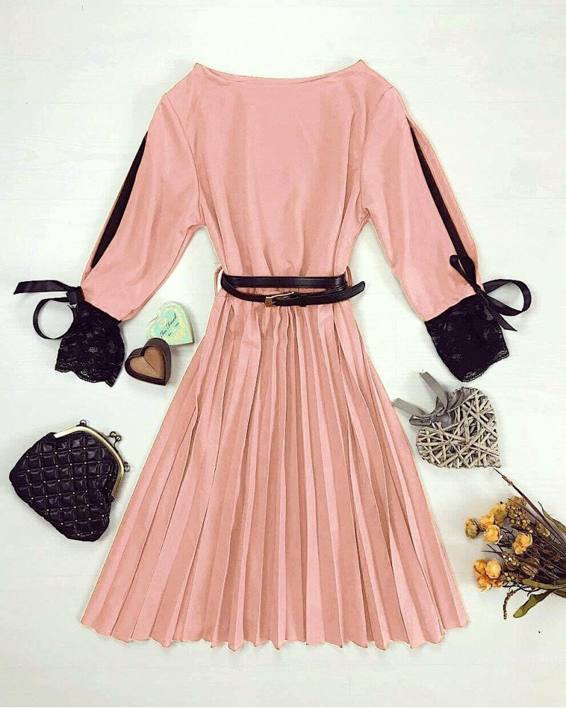 Rochie eleganta dama roz pana la genunchi cu dantela si curea