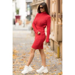 Rochie scurta rosie tricotata groasa pentru iarna