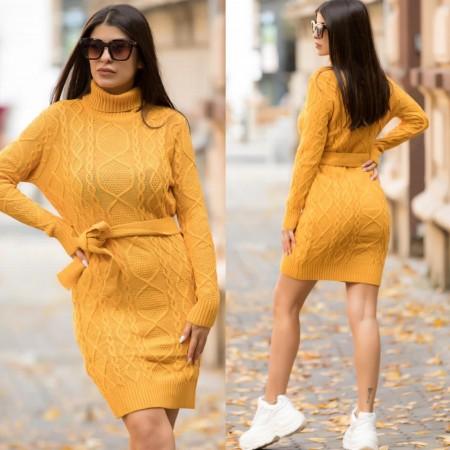 Rochie galben mustar scurta cu decupaj din tricot pentru iarna