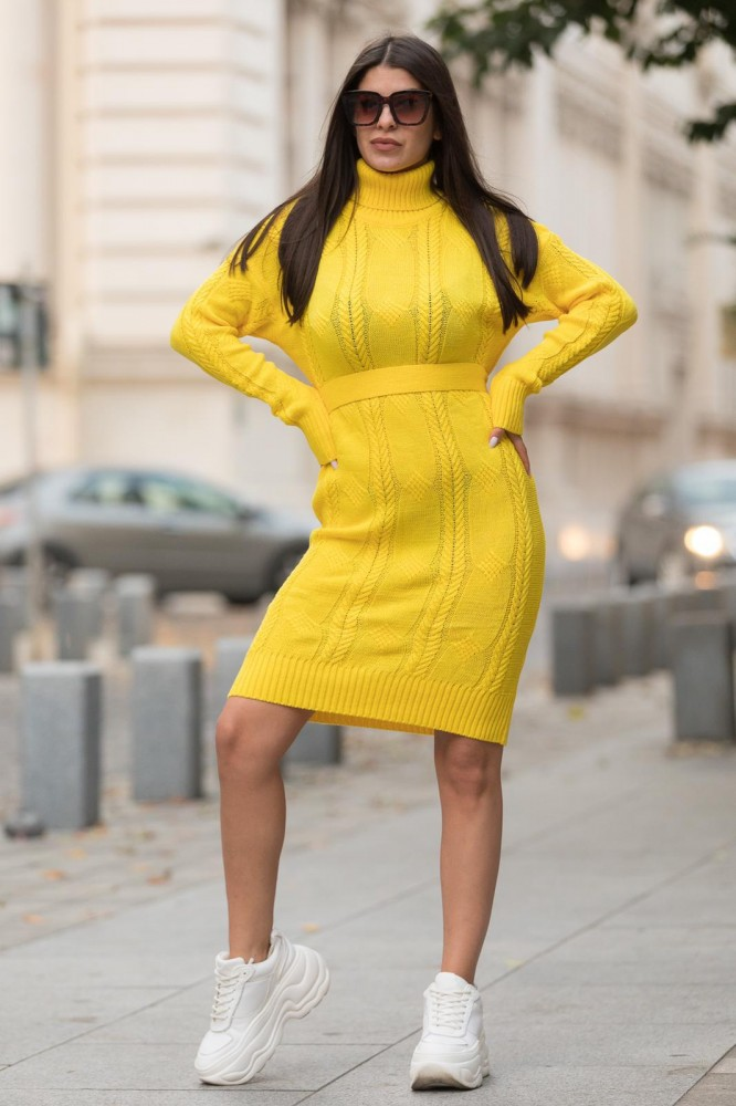 Rochie galbena midi din tricot pentru iarna cu cordon