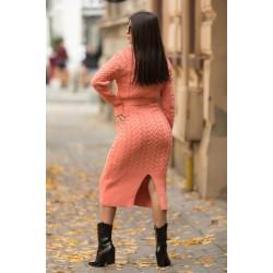 Rochie tricotata dama corai lunga pe gat cu cordon inclus