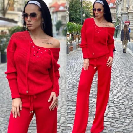 Compleu dama tricotat rosu cu bluza petrecuta si pantalon evazat