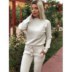 Trening dama crem gros din tricot cu imprimeu Addicted