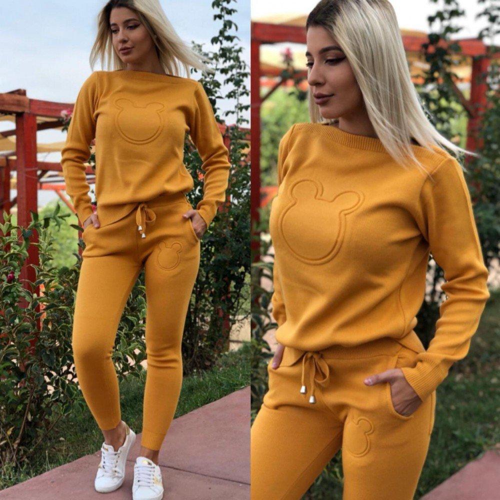 Trening dama galben mustar tricotat cu imprimeu cap Mickey