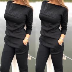 Trening dama negru din tricot cu text QUEEN