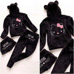 Compleu dama Hello Kitty negru alcatuit din 3 piese: Bluza+ Pantaloni lungi + pantaloni scurti