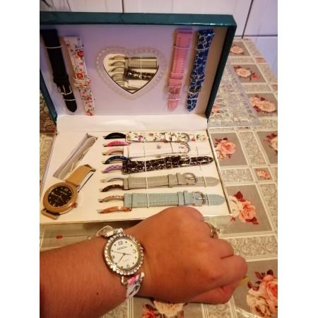 Sunt superbe ceasurile ❤️ - Lorena