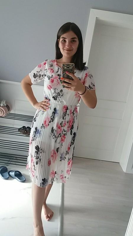Vă mulțumesc foarte frumos ptr rochiță! Îmi place foarte mult cum arată si mă simnt confortabil in ea!🤗🤗 Recomand site.ul dvs. - Ana Maria