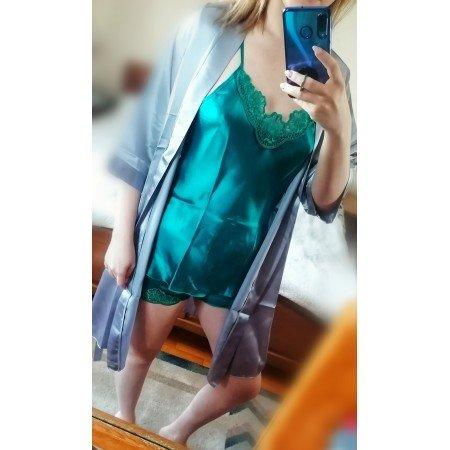Setul de pijama plus halat, este așa cum mă așteptam. Material ok, fin, mătăsos. Ador culoarea  - Enache Alexandra Bianca