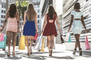 5 motive sa porti rochii in fiecare zi