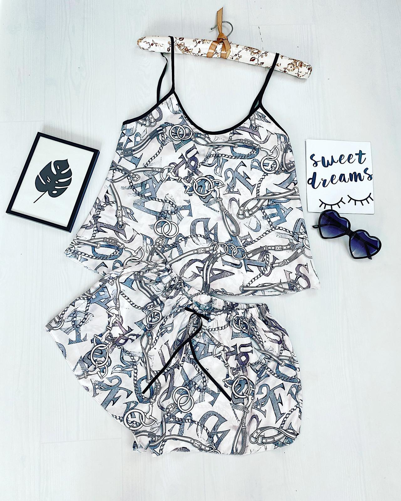 Compleu pijama scurt alb negru din satin cu imprimeu vintage