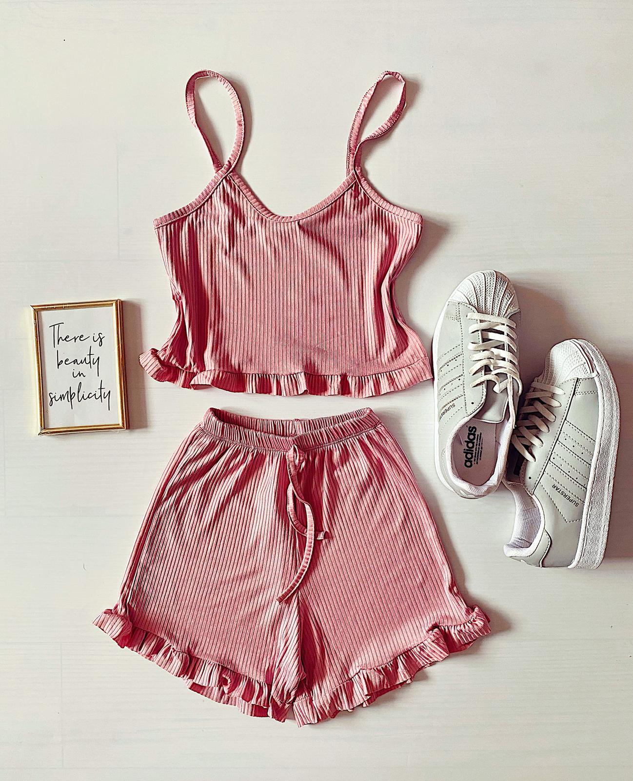 Pijama dama scurta roz cu volanase