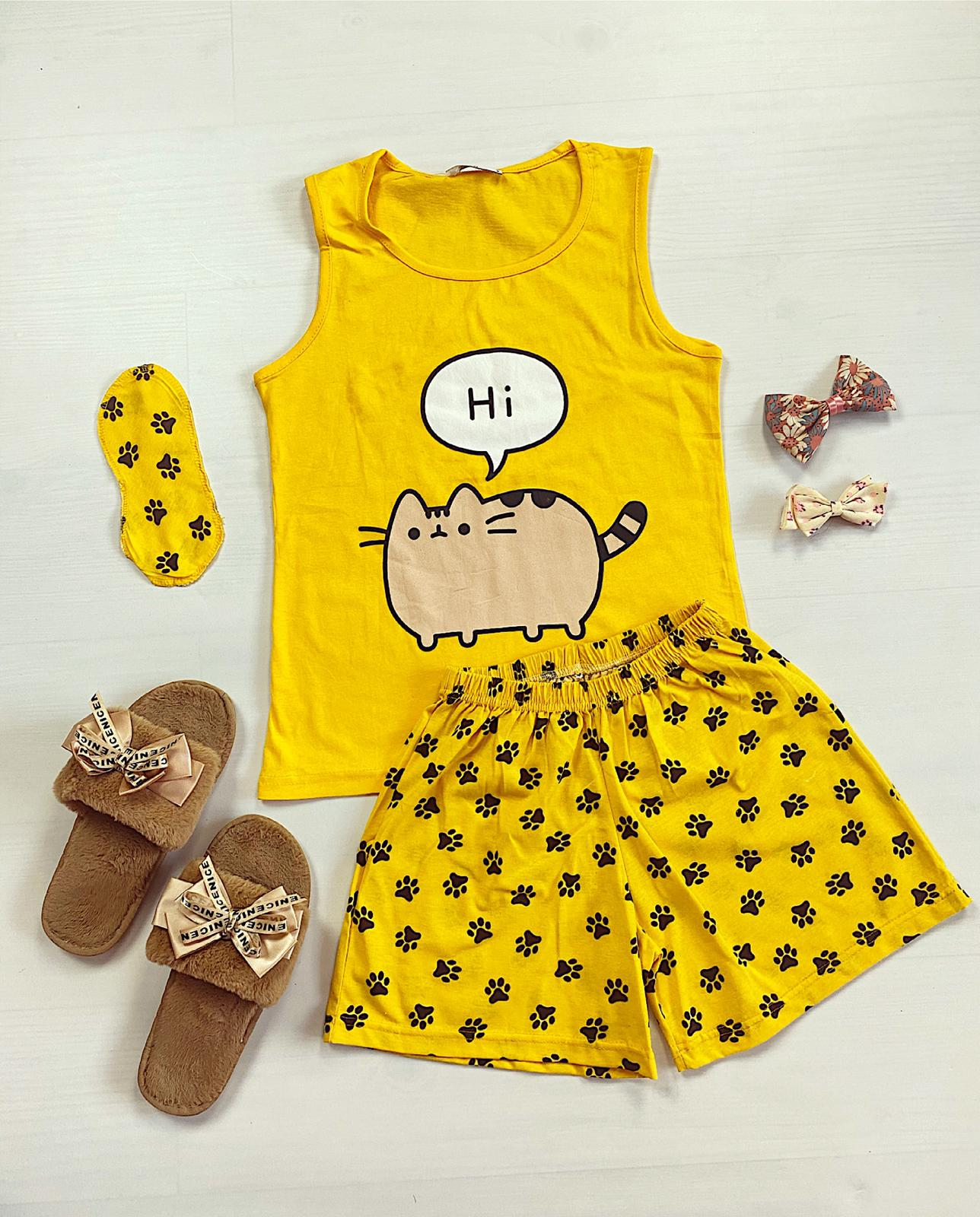 Pijama dama scurta galbena cu imprimeu Meow