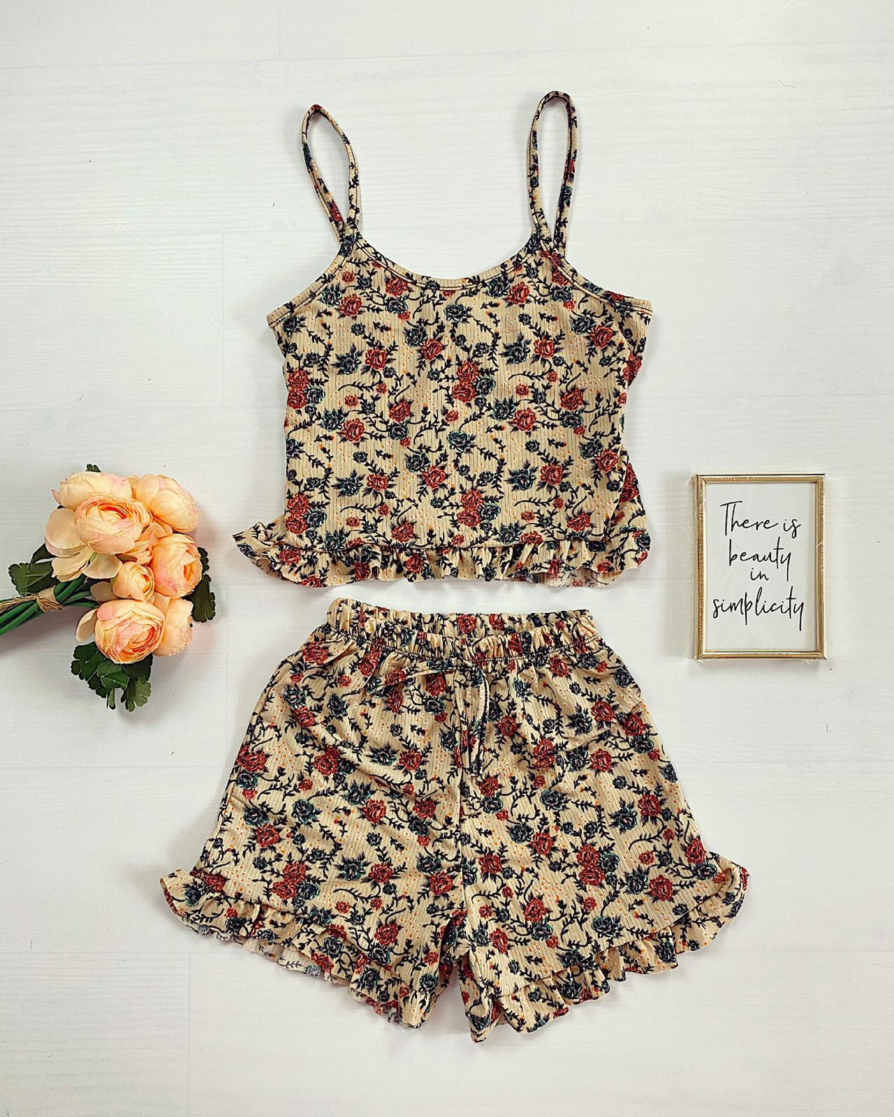 Pijama scurta bej cu volanase Flower