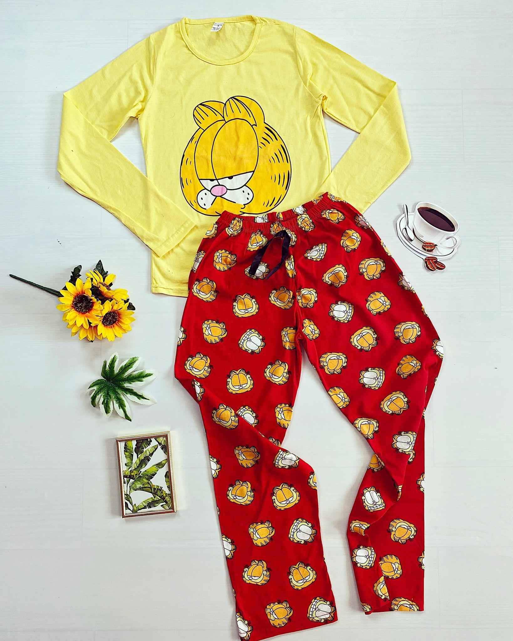 Pijama dama lunga galbena cu imprimeu Garfield