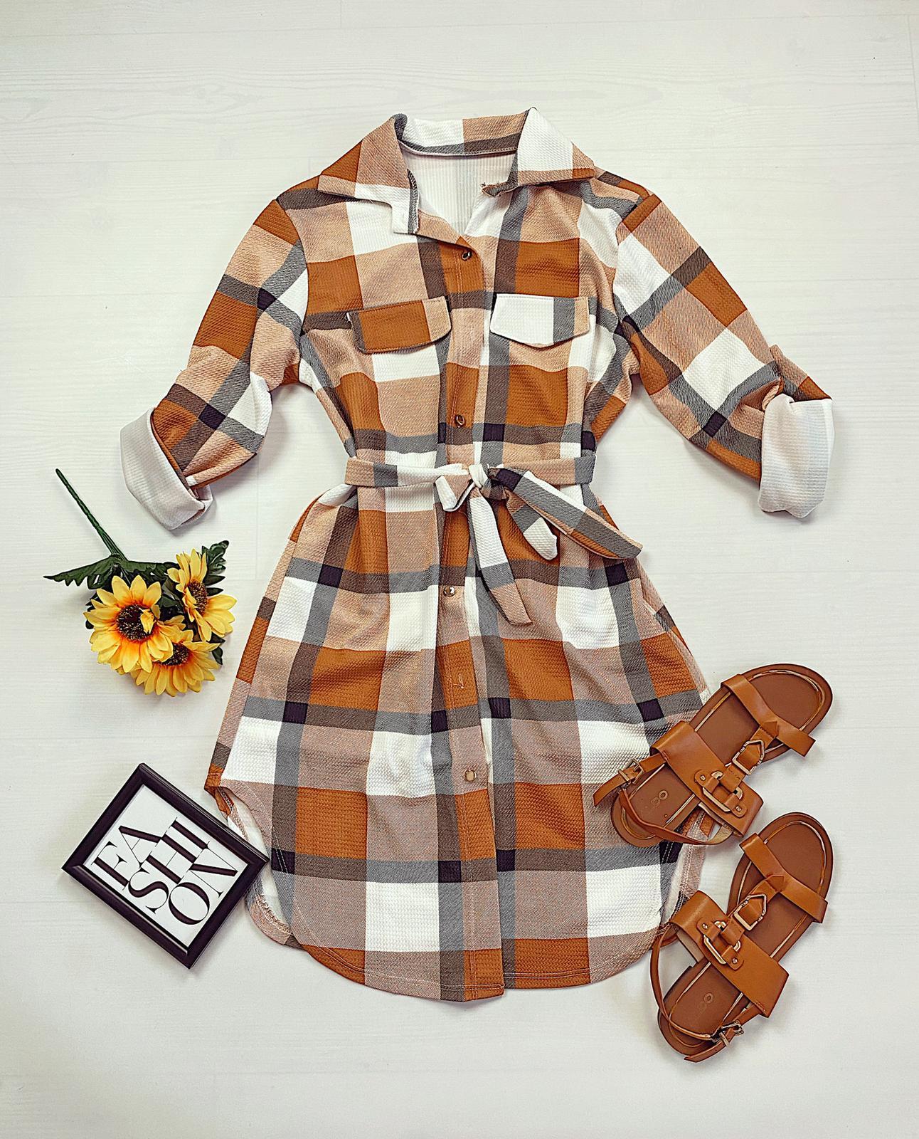Rochie scurta de zi maro in carouri stil camasa