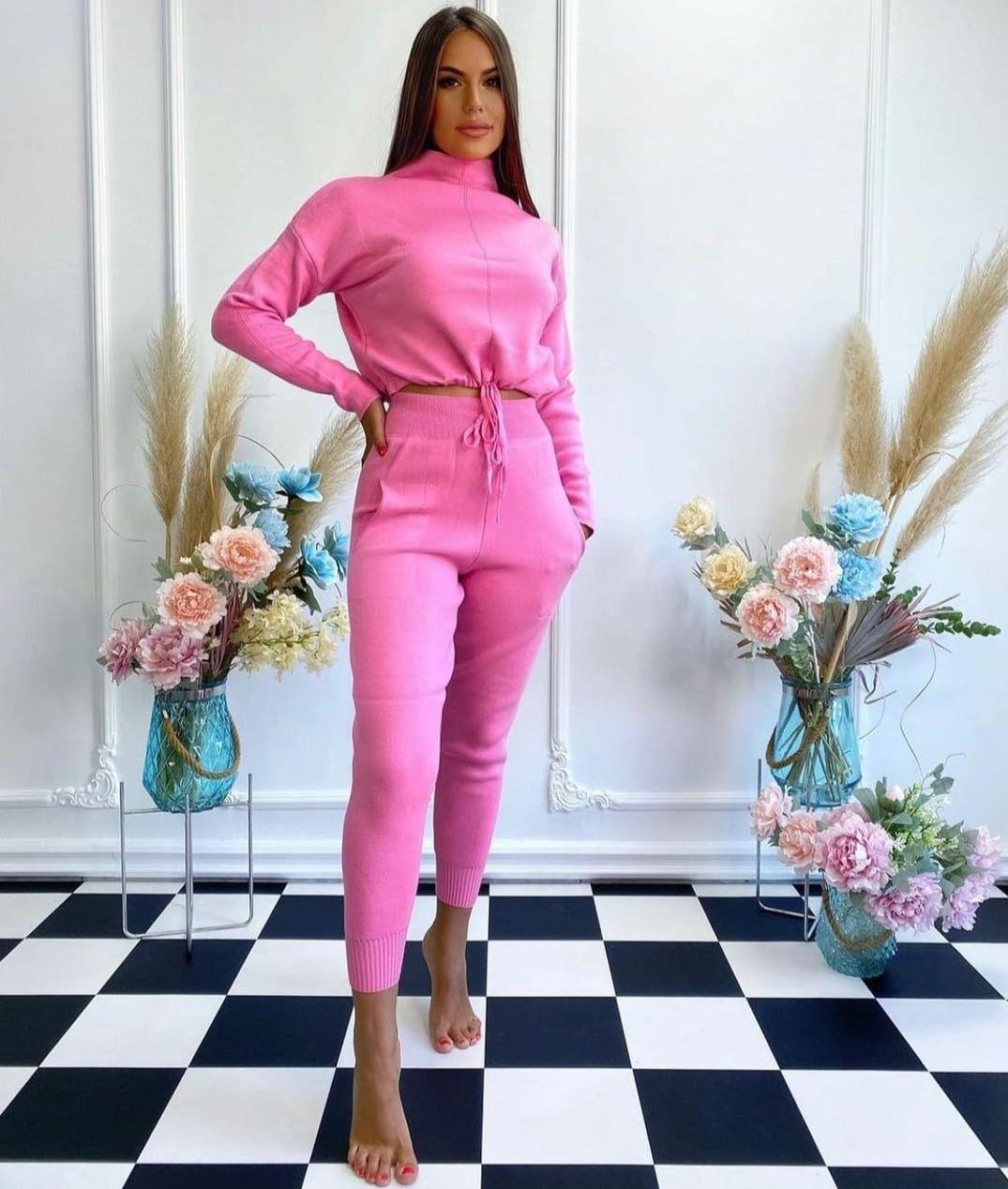 Compleu dama tricotat Roz Clasic