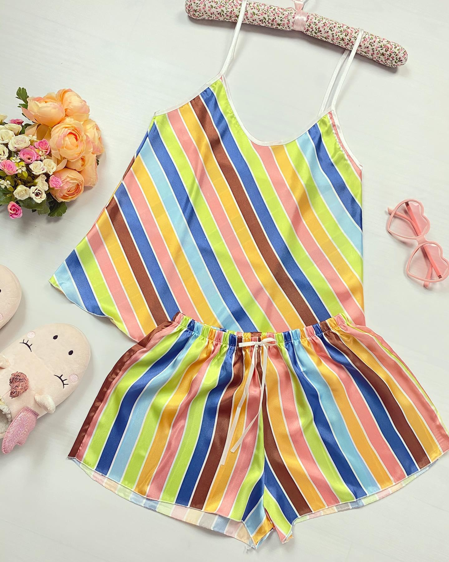 🧡❤️💚 Spectaculoase culori vii si superbe pentru toate pijamalele noastre de pe site @maroko.ro #pajamas #colors #fashion